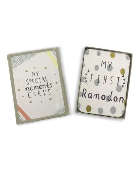 Baby Special Moments Cards - 30 Illustrated Milestone Cards (Middle East Exclusive)